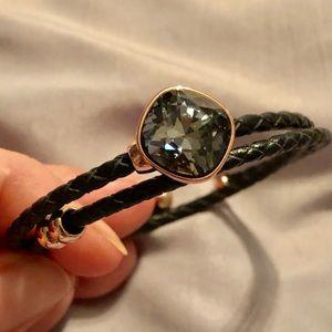 Swarovski bracelet with leather